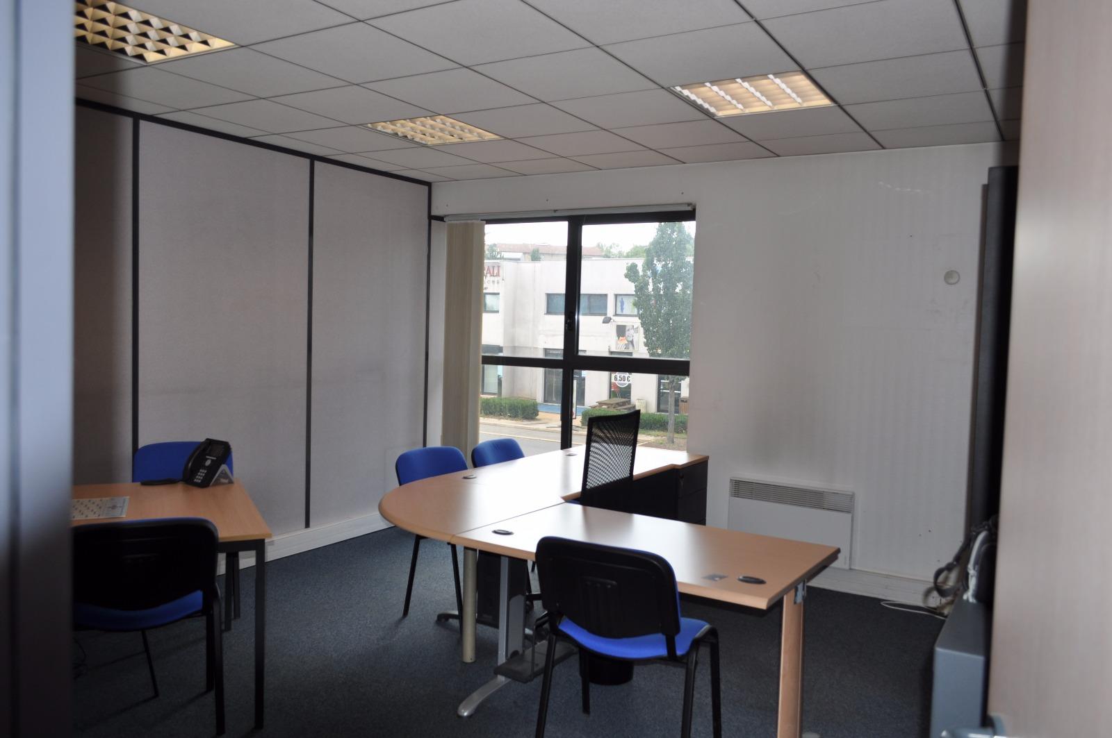 Vente immobilier professionnel 256 m2 de bureaux avec - Bureau de vente immobilier ...